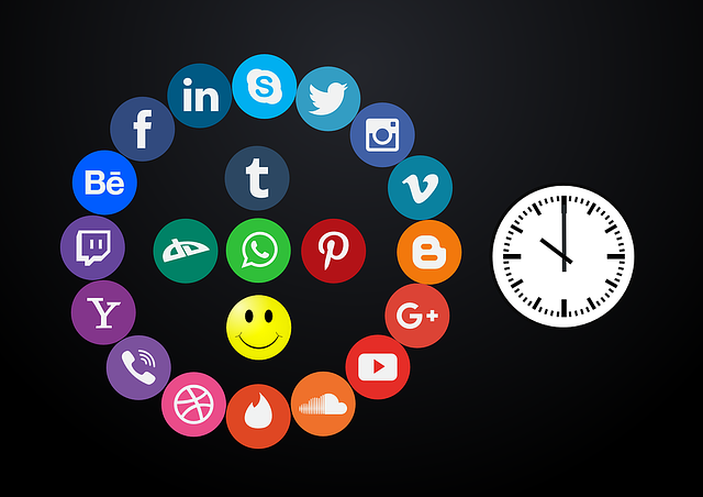 Social Media से पैसे कैसे कमाए
